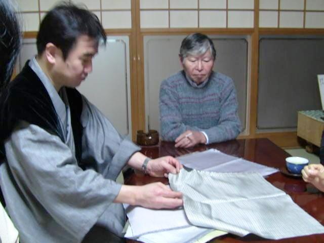 八丈織・菊池洋守氏探訪
