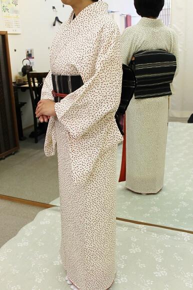 シンプルさは、あらゆるエレガンスの基本 着物で豊かな時間を過ごす 熊本市中央区 着物専門店 わのくに