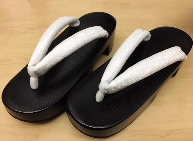 歩きやすい下駄 晴雨兼用 普段着の装い 熊本市中央区 着物専門店 わのくに