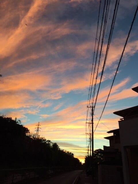 季節を感じる 夕焼け 夏の空 熊本市中央区 着物専門店 わのくに