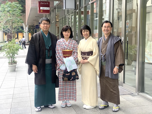 お客様のご来店 ご夫婦で着物を楽しむ 着物でお出かけ 熊本市中央区 着物専門店 わのくに